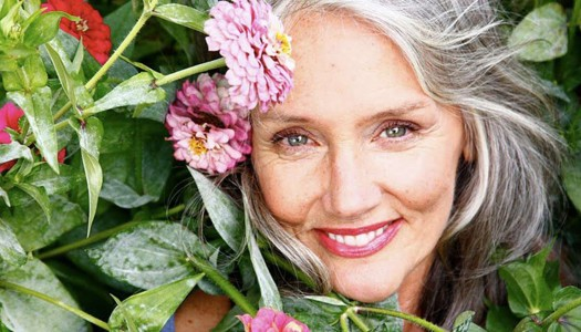 The Pro-Age Revolution and Makeup for Older Women – Cindy Joseph (Video)