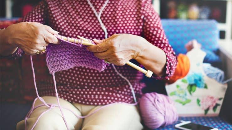 mental-health-benefits-of-knitting