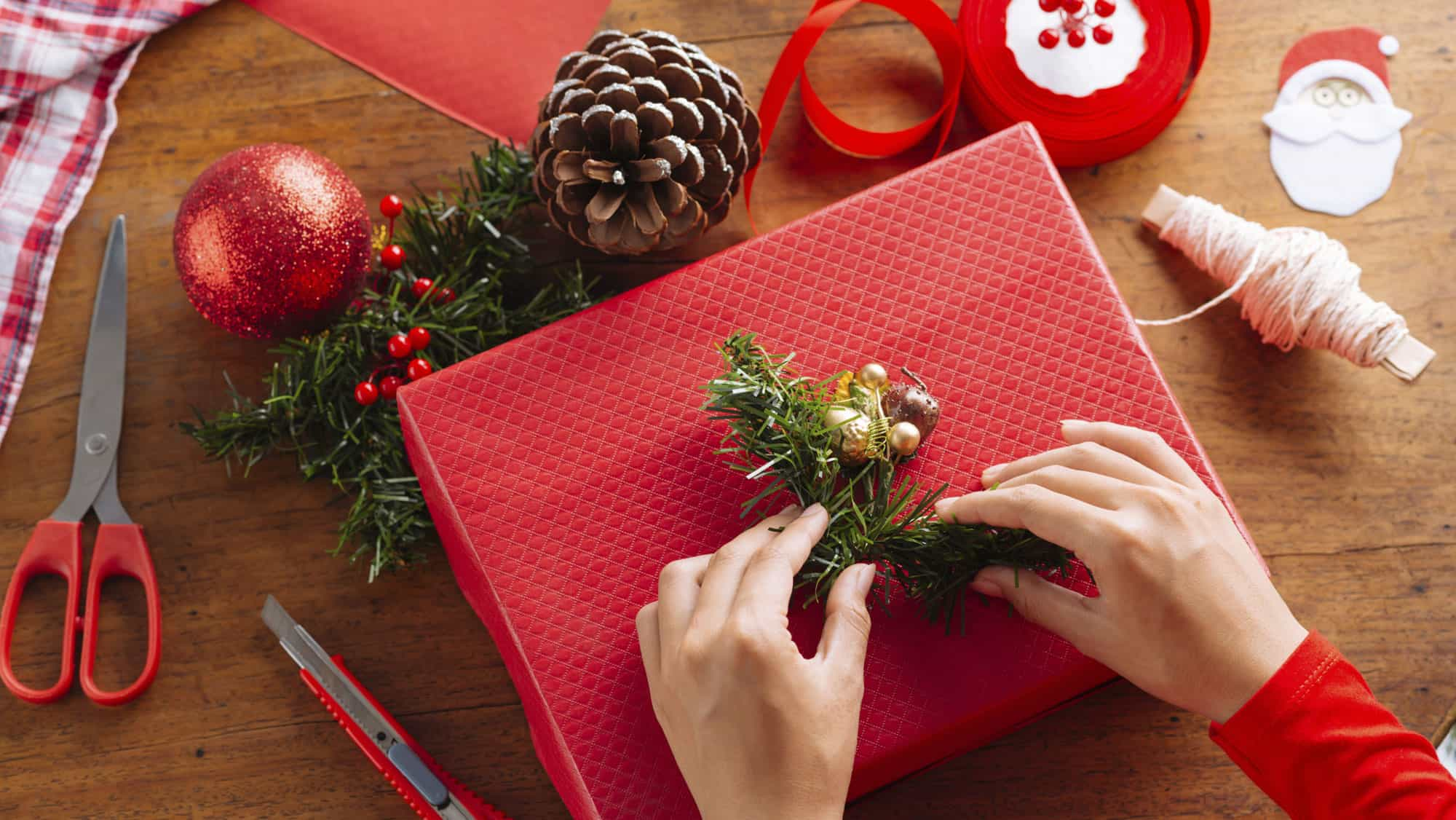 Christmas Gift Giving Images.Gift Giving Can Be Fun What Is The Wackiest Gift You Ever