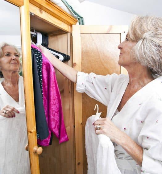 wardrobe downsizing tips
