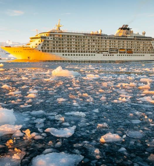 Living-on-a-Cruise-Ship