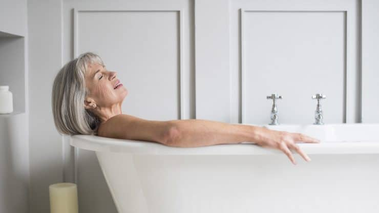 Neutralizing-Toxins-in-Your-Tub