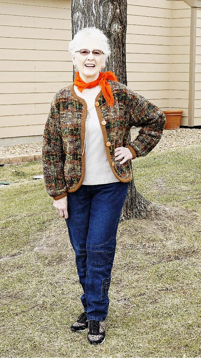 fashion for women over 60 - scarves (18)