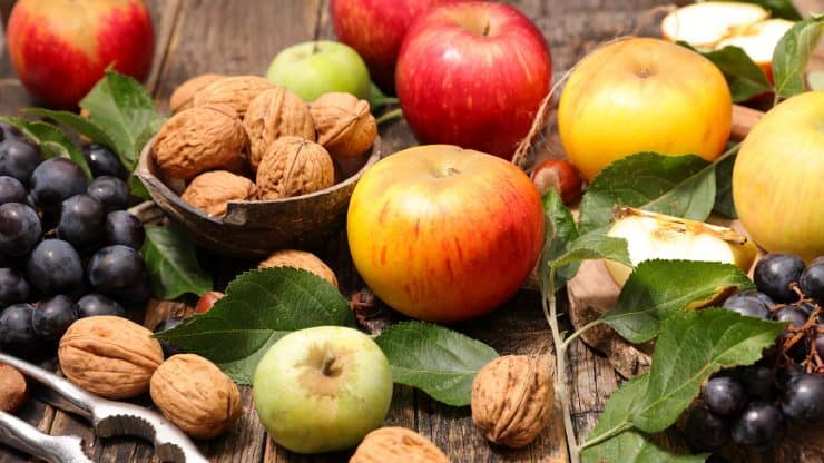 The 4 Heart Healthy Food Groups That Should Dominate Your