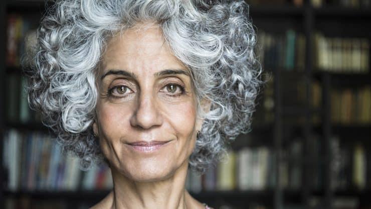 grey hair makeup tips