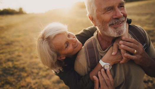 Love Never Expires! 5 Reasons to Believe in Senior Dating
