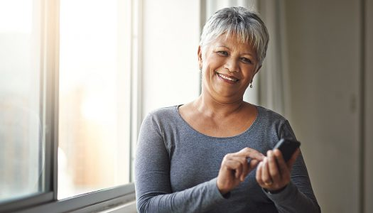 Are You Being Productive or Distracted? 6 Tips for Better Smart Phone Usage in Your Mature Years