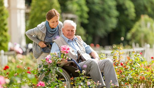 Caregiver Ideas: 4 Tips for Finding Mobility Equipment for Your Loved One