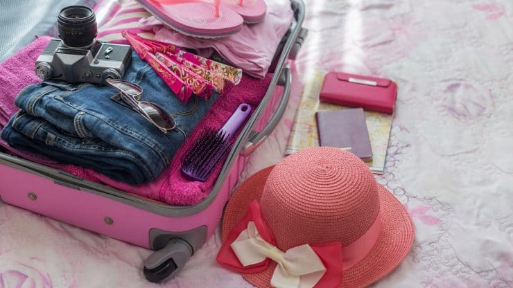 10-Items-Aging-Women-Must-Take-on-a-Week-long-Cruise
