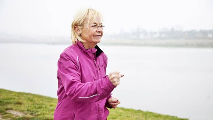 senior woman benefits of walking