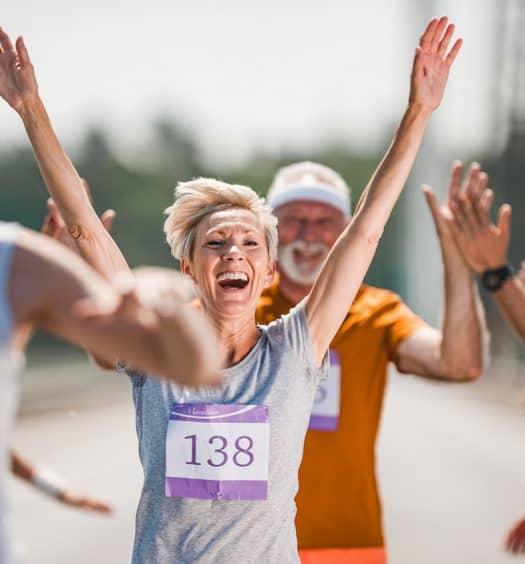 senior marathon runners