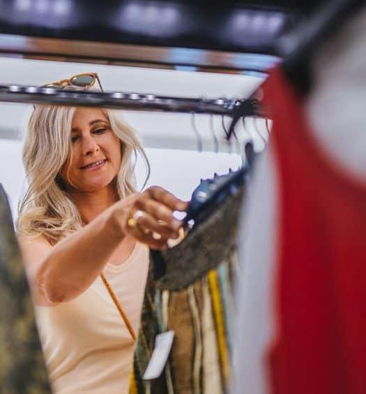 3 Alternative Shopping Techniques Older Women Love Upcycling, Vintage and …3 Alternative Shopping Techniques Older Women Love Upcycling, Vintage and …