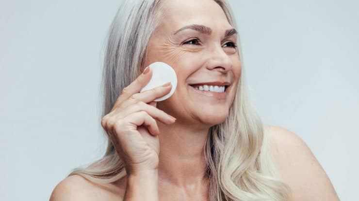 Top 5 Skincare Ingredients to Refresh Your Mature Skin
