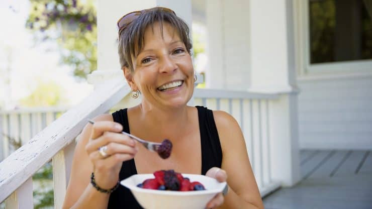Berry-Season-Healthy-Aging-Eating