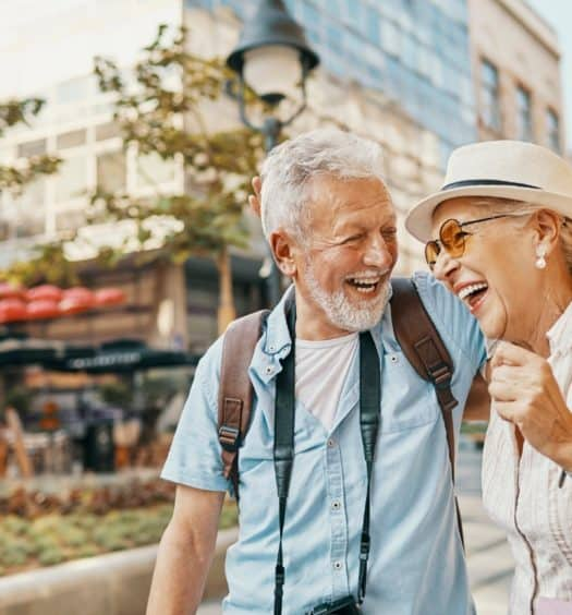 9 Useful Tips When Travelling as a Senior Couple on a Budget