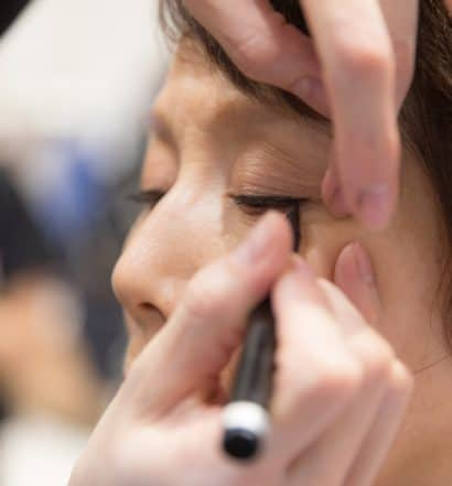 Can't Manage Eyeliner 5 Unbeatable Tips to Get It Right