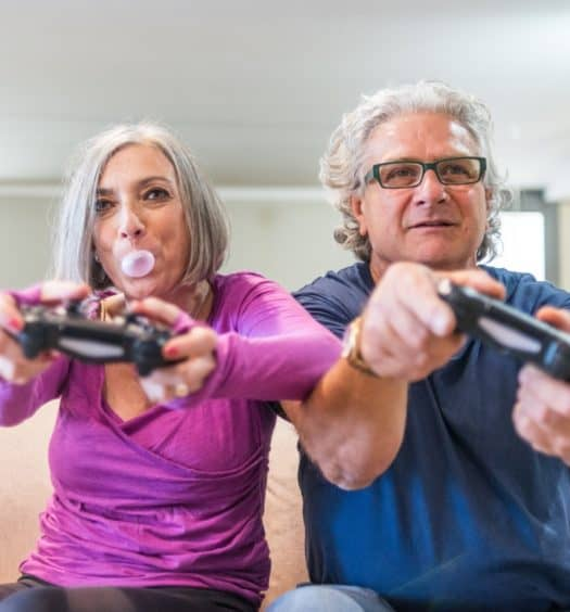 Playing Games May Help Boomer Women to Avoid Depression