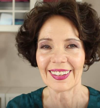 9 Pro Makeup Artist Tips for Women 50+ That Can Really Make a Difference