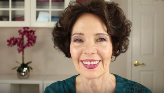 9 Pro Makeup Artist Tips for Women 50+ That Can Really Make a Difference (Video)